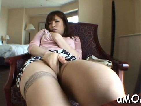 Intense oriental milf porn with woman sucking a large rod