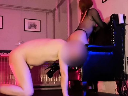 Check this fetish therapy session turn femdom