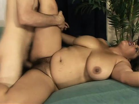 Chunky babe Lady Spice has a hard pole making her hairy slit all wet