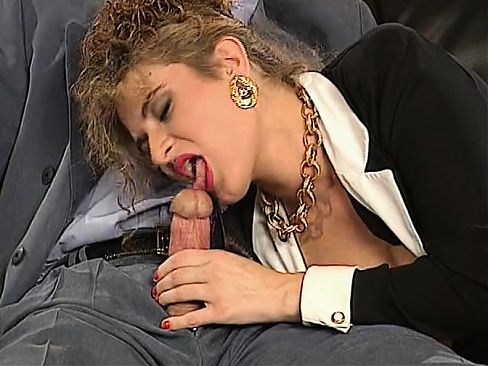 Two big cocks fuck some nice hot double penetration